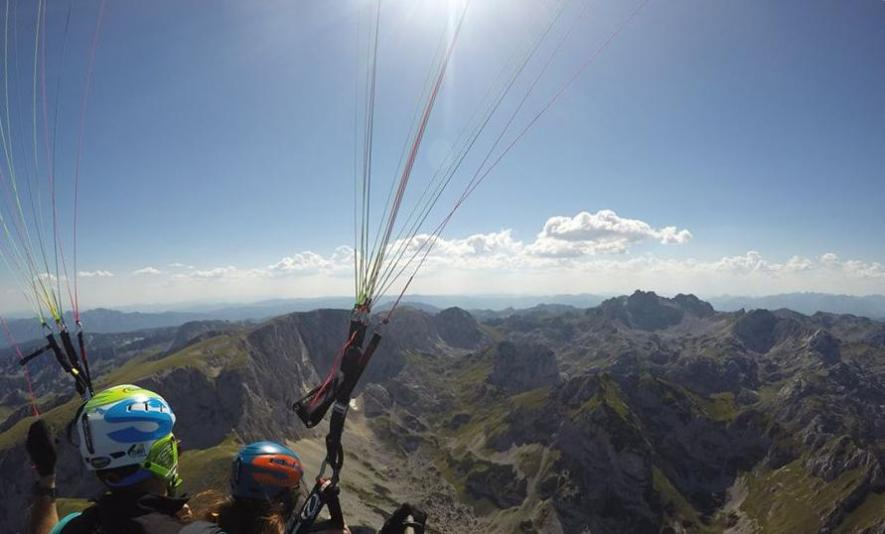 Book your tandem paragliding in Durmitor Montenegro