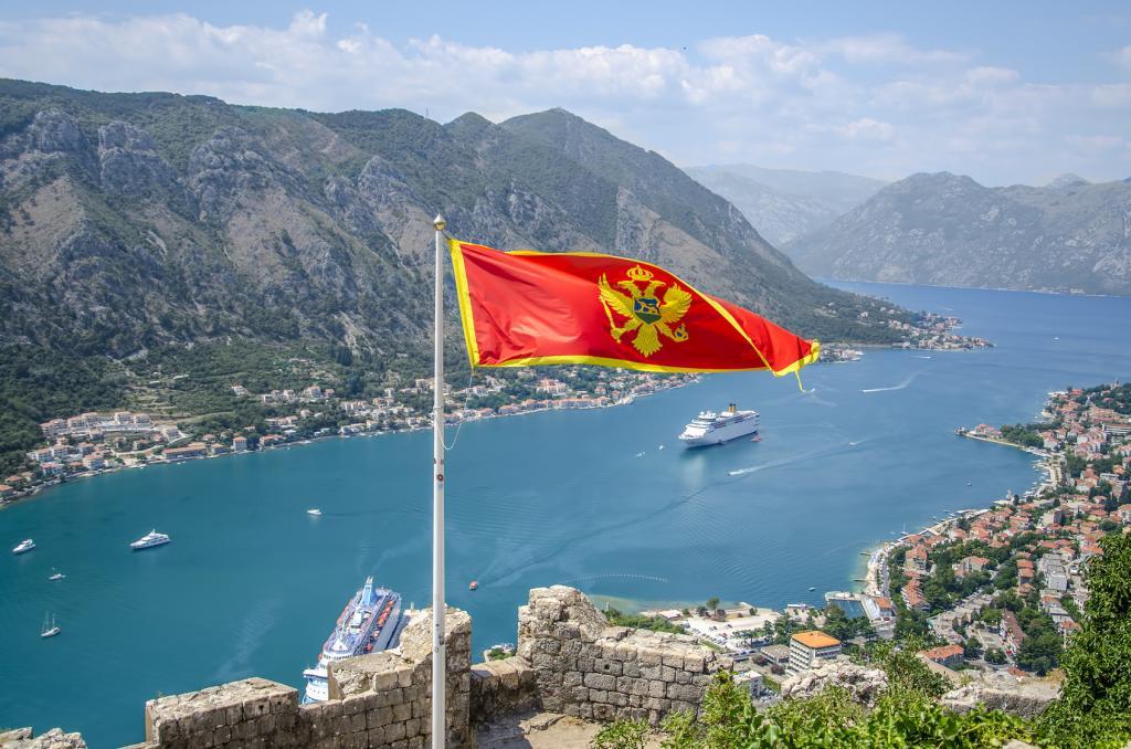 Черногория, добро пожаловать на полеты!