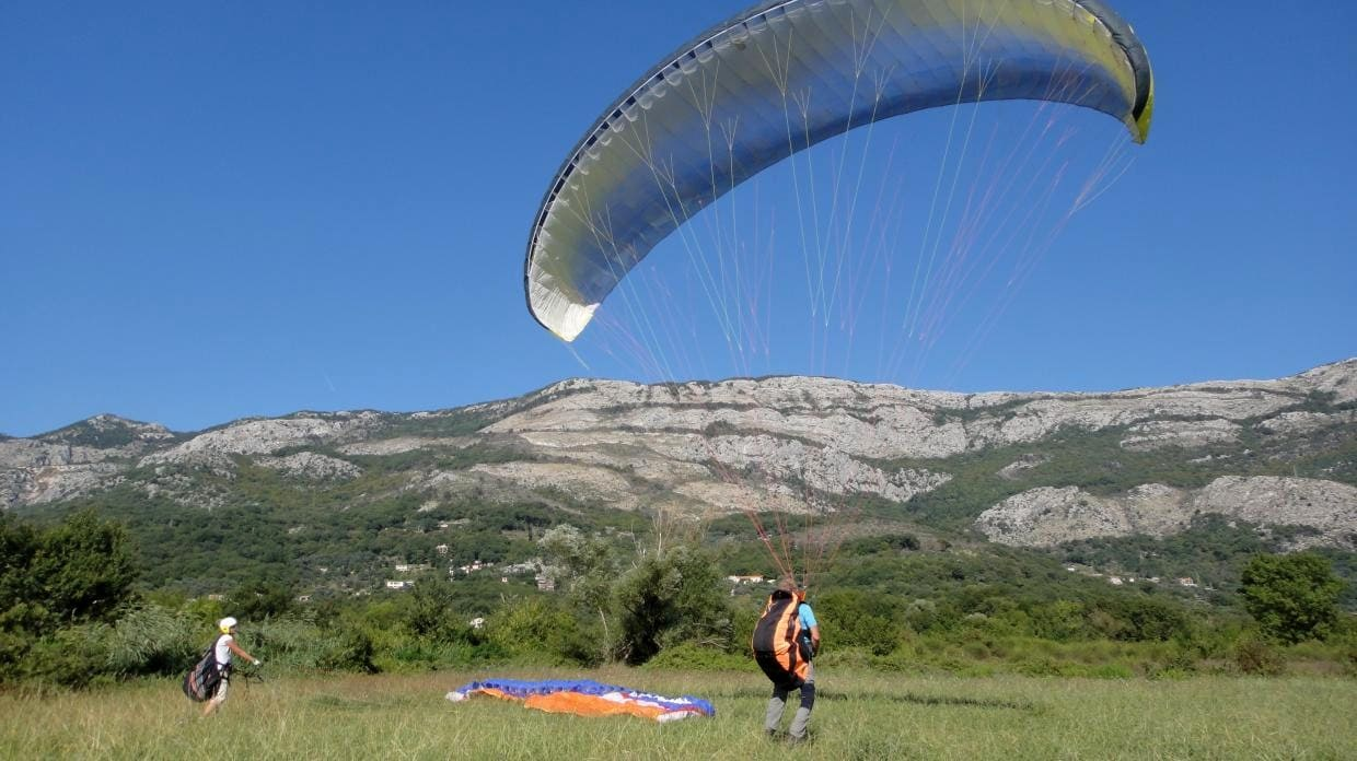 summer paragliding camp training